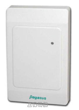 PUA-310V(U1系列) PEGASUS 桌上型RFID USB 雙頻感應式讀頭為USB介面產品,不需要任何驅動程式,資料讀取後即刻拋出(鍵盤模擬輸出,即插即用) (Keyboard emulation, plug &play featuring),且不需外接電源,其支援125KHz EM、13.56MHz 卡片格式,亦可同時支援雙頻,因此適用於各種應用軟體需要輸入卡號之應用,取代卡號編輯,由上偉科技專業銷售'工程安裝'維修服務,洽詢電話02-22267567(代表號)由專人服務